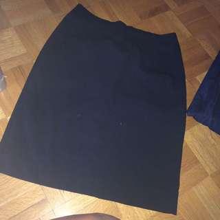 H&M business skirt