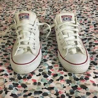 White converse - size 8