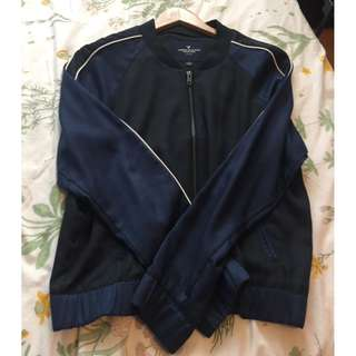 Black and navy blue American eagle jacket