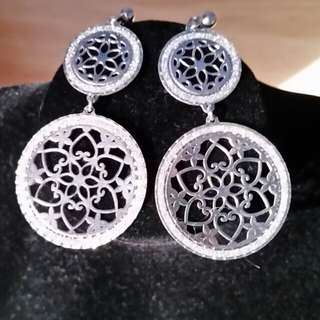 Sterling silver ladies earrings BN