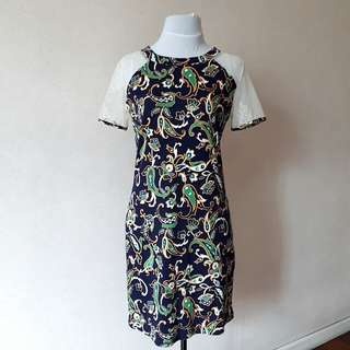 Bayo Raglan Dress