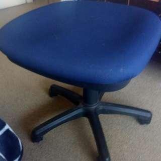Blue chair in Whangarei