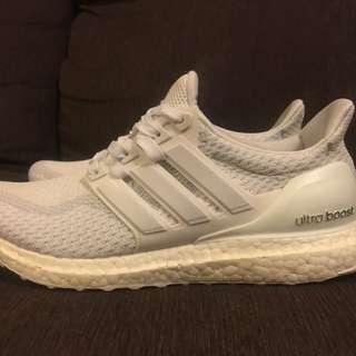Ultraboost 2.0 triple white ultra boost
