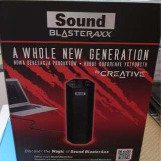 Sound BlasterAxx SBX 8 usb speaker with built-in mic