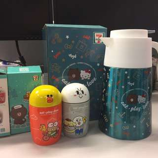 Hello kitty 水壷、line friends 杯
