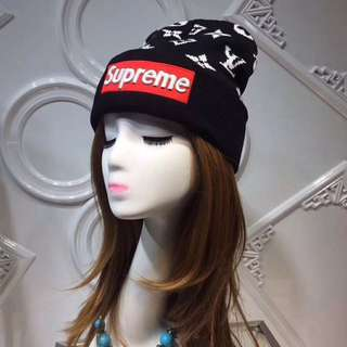 Supreme winter hat