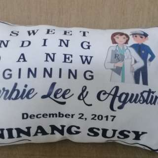 Canvass pillow with personalized print