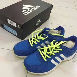 addias running shoe