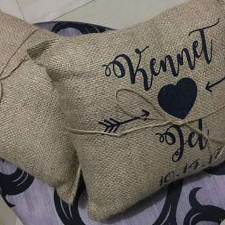 Burlap pillow with vynil print