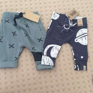 Baby's pants 0-3 months 000