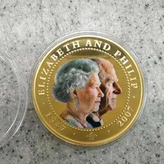 2007.英女皇伉儷60周年鑽石婚紀念 COOK ISLANDS--$1--(UNC)--24K鍍金精鑄紀念幣