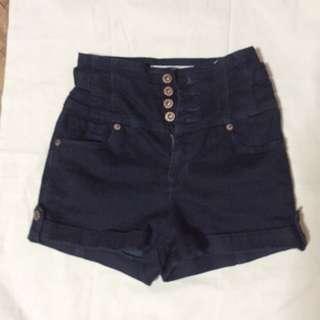 TOPSHOP highwaisted shorts