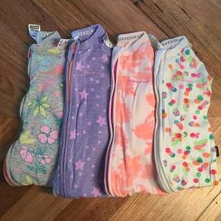 Girls Bonds Wondersuits / Growsuits / Zippys 4x, size 00 ( 3 - 6 months)