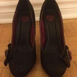 Black Heels with Detail