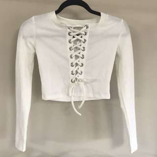 White long sleeve lace up crop top - sz small