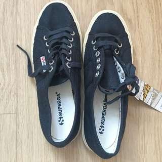 Original Superga shoes navy colour