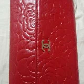 """8"""" 大 size 紅色山茶花 Chanel wallet"""
