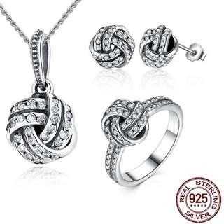 Pandora jewelry set