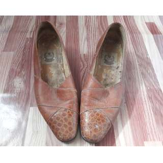 REPRICED! NINE WEST LEATHER SHOES