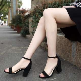 粗跟高跟鞋7公分鞋碼34(含運郵寄