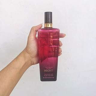 Victoria's Secret Night Fragrance Mist 8.4 oz