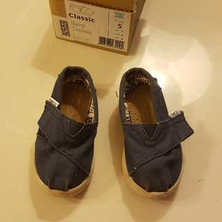 TOMS toddler espadrilles, UK 4, eur 21, 12cm