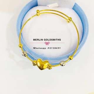 916 Gold High Polishing Sweet Heart Design Adjustable Baby Bangle.