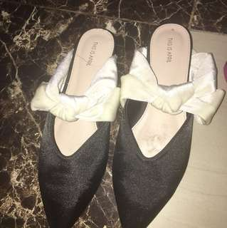 this is april flat bow shoes size 39 ya