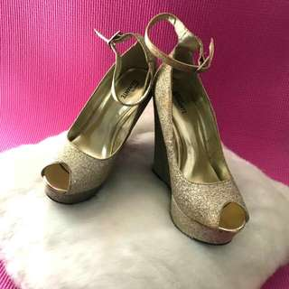 auth amante gold wedges