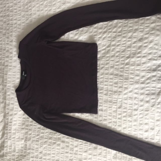 Aritzia Long Sleeve Crop Top