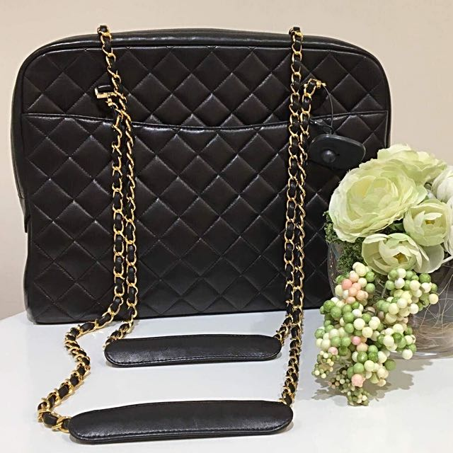 Authentic CHANEL QUILTED DOUBLE CHAIN, top zipper shoulder bag