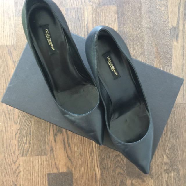 Authentic Dolce&Gabbana Leather Pumps