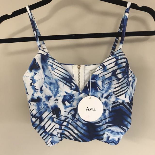 Ava white and blue crop top - size 8 - new w tags