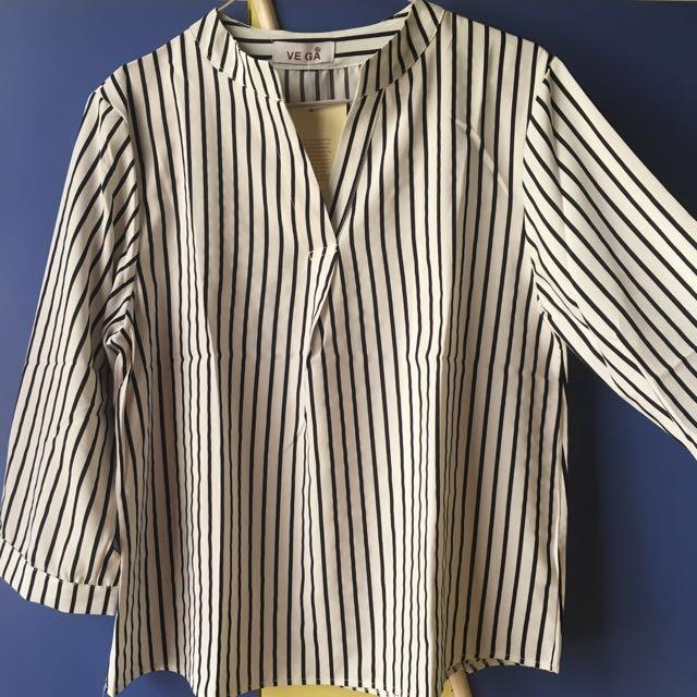 1dc9479283 Black & White / Red & White Vertical Striped Top Blouse, Women's ...