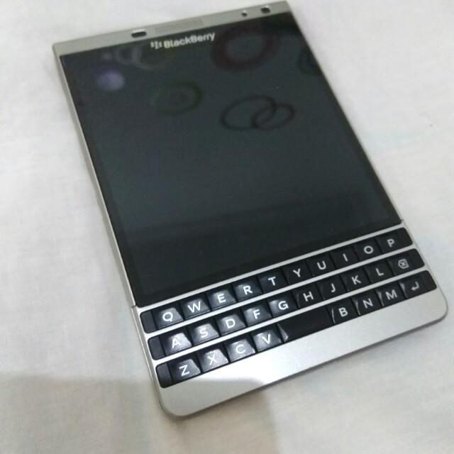 BlackBerry passpor