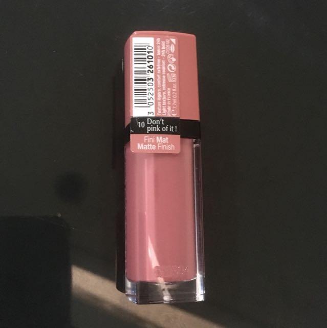 Bourjois rouge edition velvet 10 dont pink of it! Lipmatte lipstick liquid