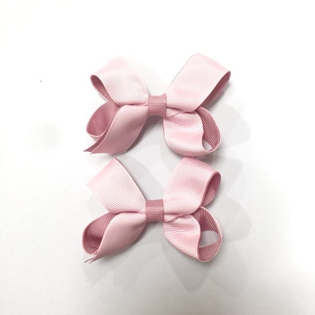 D R E W  Clips in Baby Pink