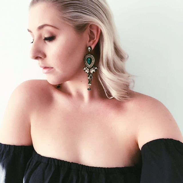 Emerald Green Statement Drop Pendant Earrings // Lovisa