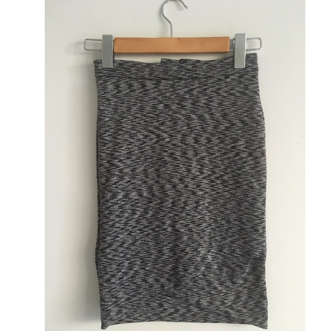 Fitted Knit Skirt Business Worn WORN ONCE