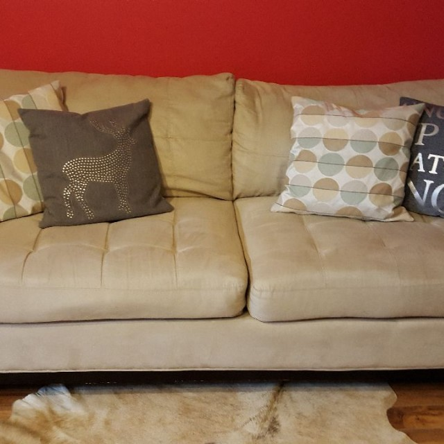 GUC Sofa (3 Seater)