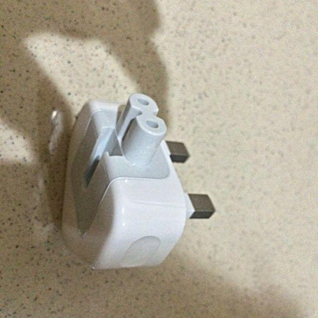 Iphone/Ipad/Ipod Adaptor Original kaki tiga