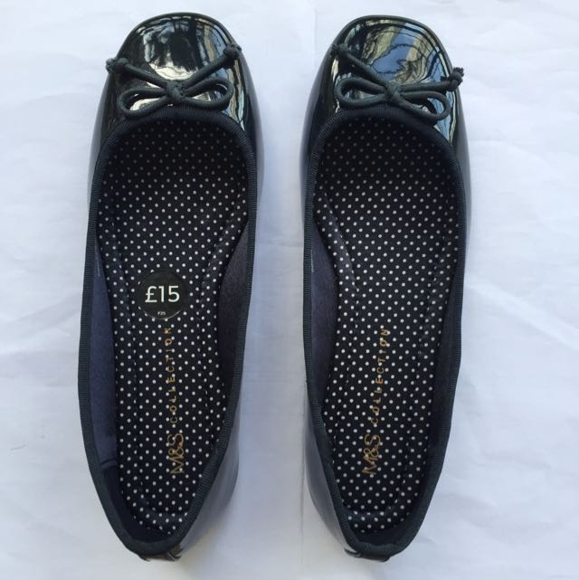 Marks & Spencer (from UK) Bow Pump Shoes