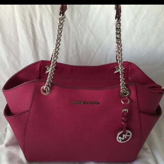194ae9092513 Michael Kors Special Edition, Luxury, Bags & Wallets on Carousell