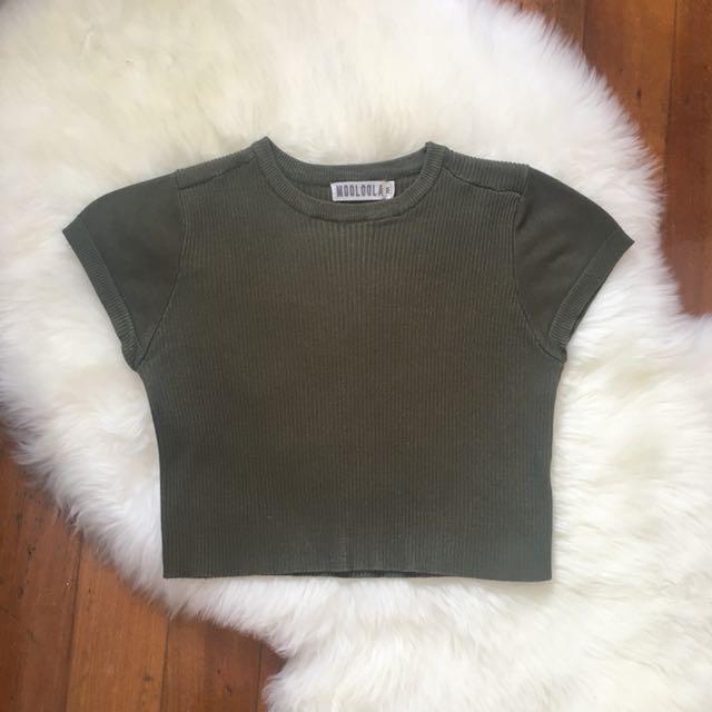 MOOLOOLA Size M - Khaki Crop Top