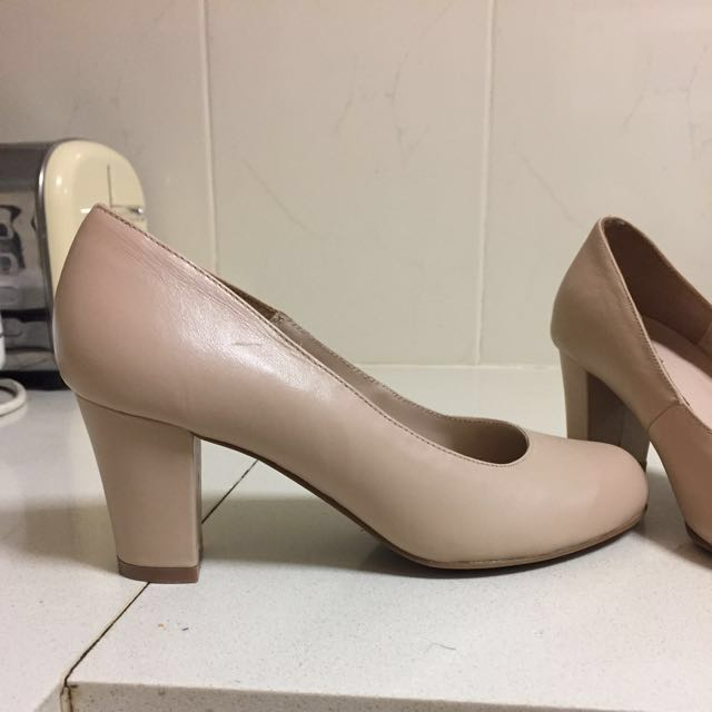 Nude Leather Heels Size 6.5