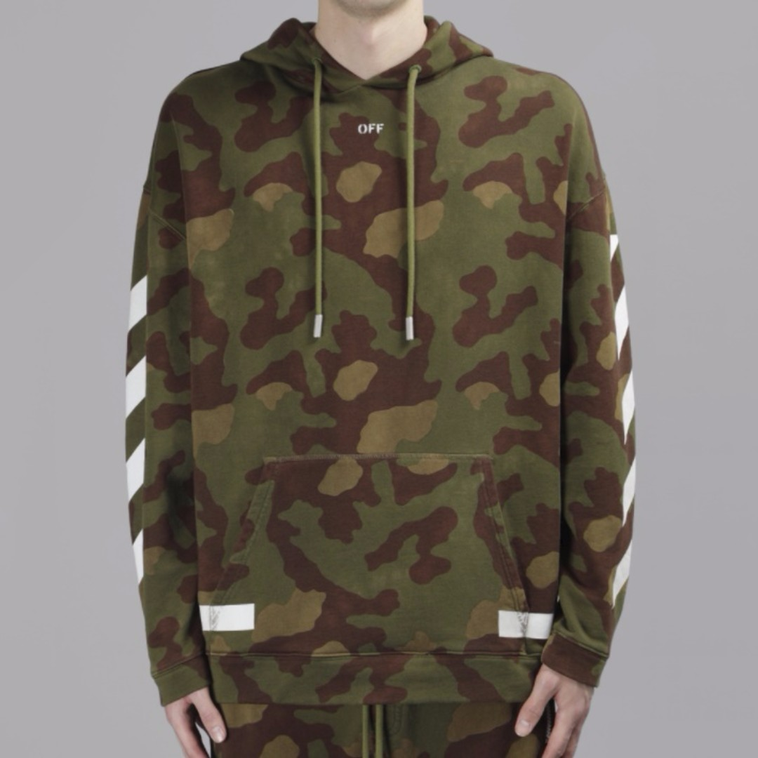 650 Off White 17fw Camo Hoodie Mens Fashion Clothes On Carousell