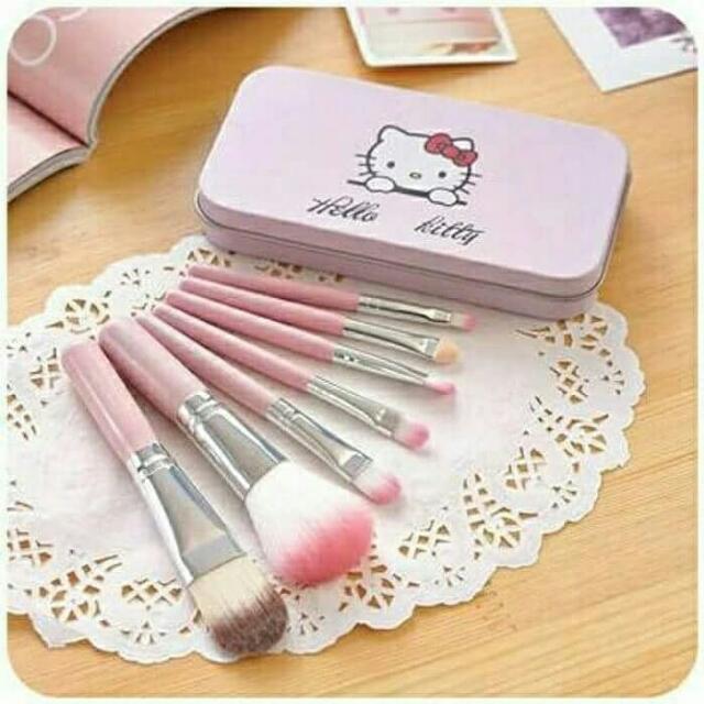 Paket Kuas Rias Hello Kitty