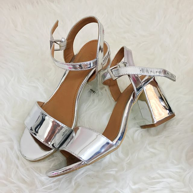 (PRICE REDUCED!!) Low Block Heels