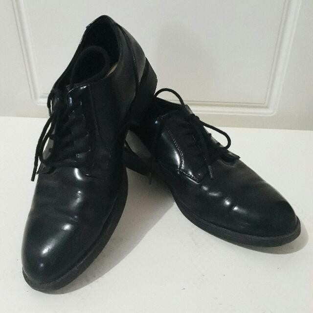 pull n bear leather shoes