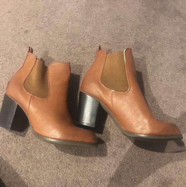 Tan Brown Women's Boot Heels